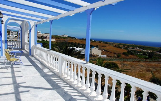 Balkon van Hotel Stavros Villas op Santorini