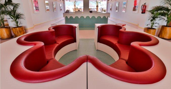 Lobby van Hotel Paradiso Art op Ibiza