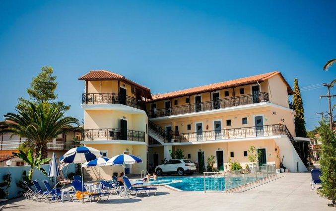 Buitenzwembad van Hotel La Caretta op Zakynthos