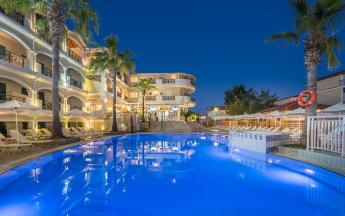 Zwembad van Hotel Zante Atlantis in Zakynthos