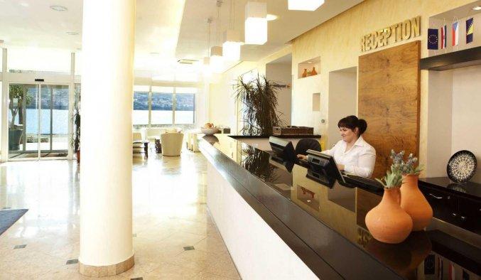 Lobby van hotel Pagus