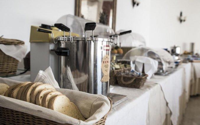 Ontbijtbuffet van Hotel Isola Bella op Sicilie