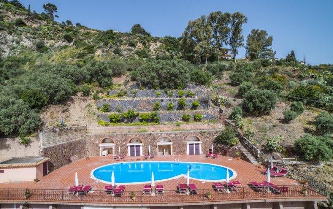 Uitzicht op Hotel Isola Bella op Sicilie