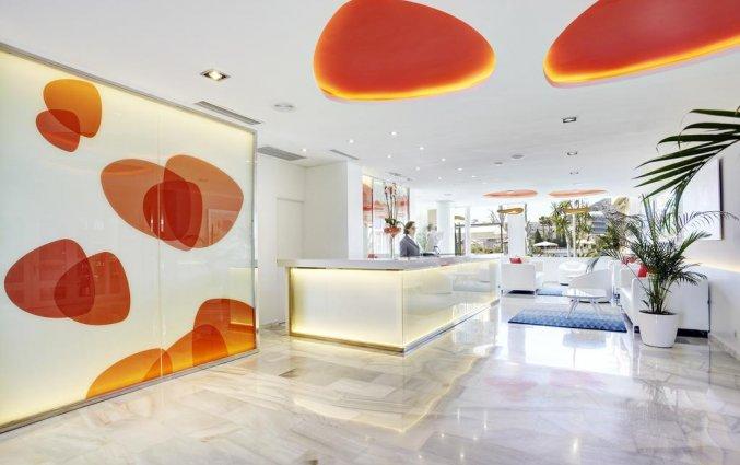 Receptie hotel Grupotel Amapola op Mallorca