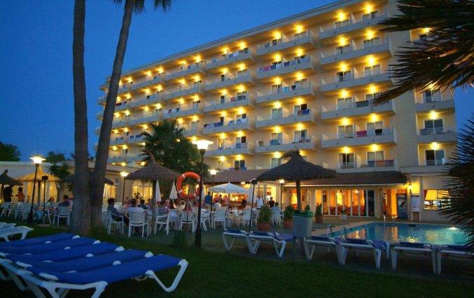 Voorkant van hotel Grupotel Amapola op Mallorca