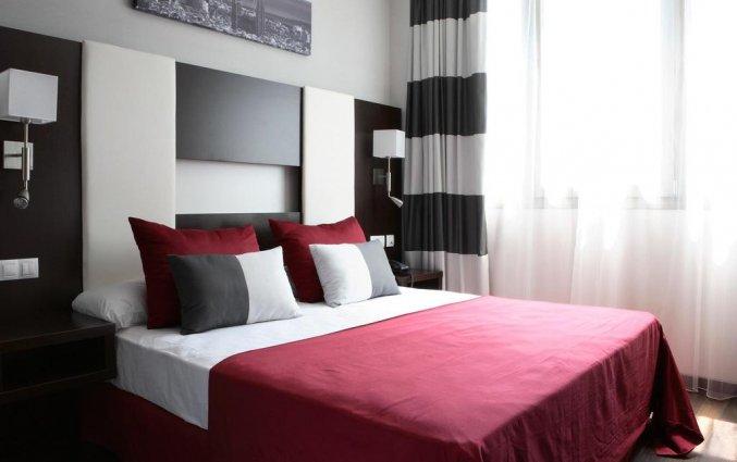 Tweepersoonskamer met tweepersoonsbed van Hotel Spa Villa Olimpic@ in Barcelona