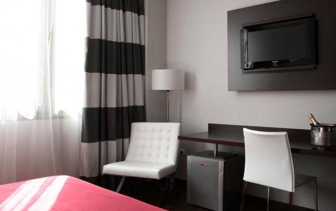 Tweepersoonskamer met tweepersoonsbed van Hotel en Spa Villa Olimpic@ in Barcelona