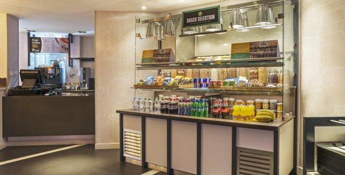 Ontbijtruimte van Hotel Point A Londen Liverpool Street in Londen