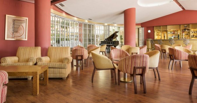 Pianobar in Hotel Alcora Sevilla