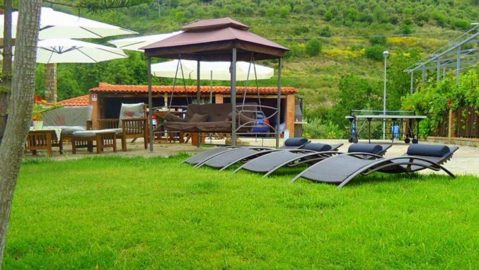 tuin met zonneterras studio that's amore cilento country house in Amalfi