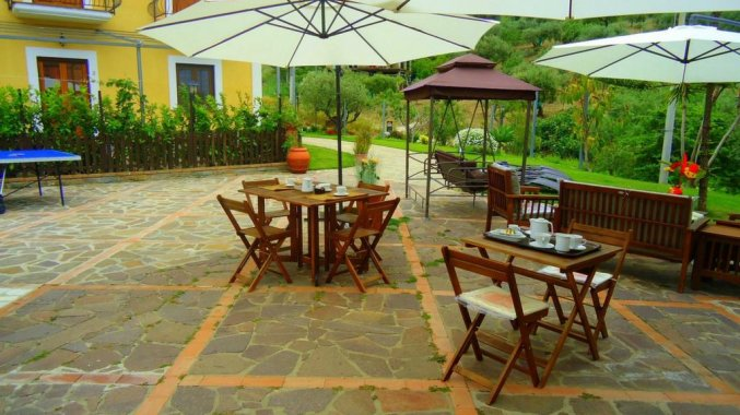 terras studio that's amore cilento country house in Amalfi