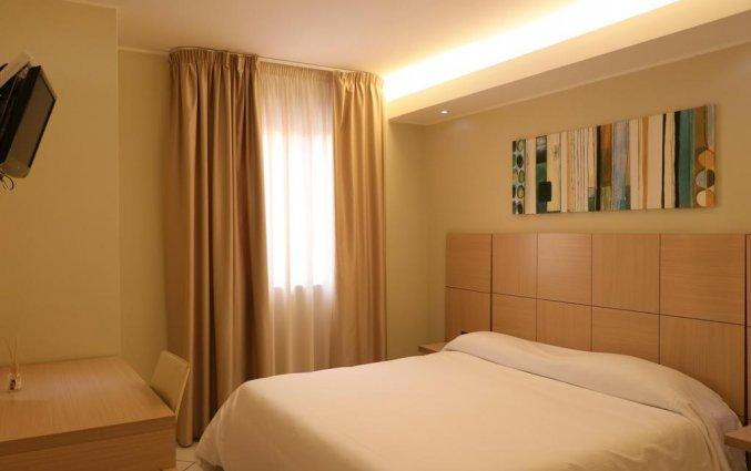 Tweepersoonskamer met tweepersoonsbed van hotel Ancora