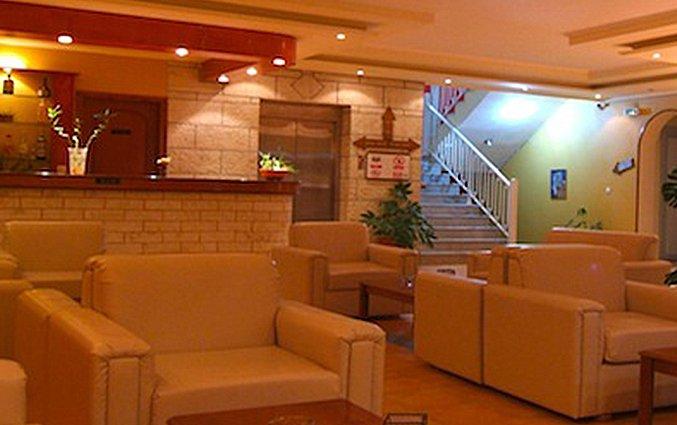 Lobby van Olga's hotel & Pool op Corfu