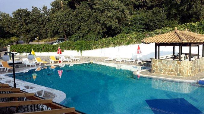 Zwembad van Appartementen Corifo Village Corfu