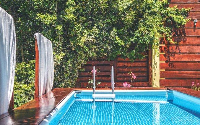 Zwembad van VA Boutique Apartments and Suites Corfu