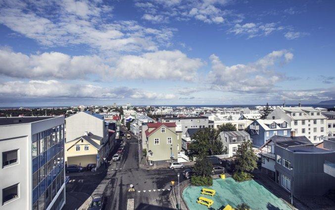Uitzicht van Hotel Odinsve in Reykjavik op IJsland
