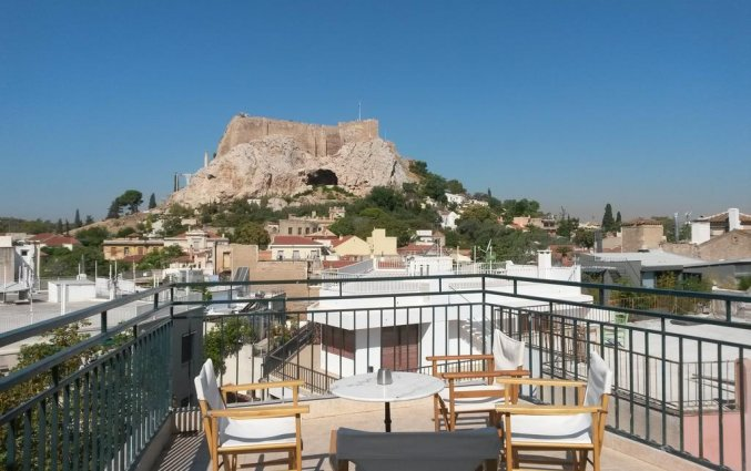 Dakterras met uitzicht op de Akropolis van Hotel Adams in Athene