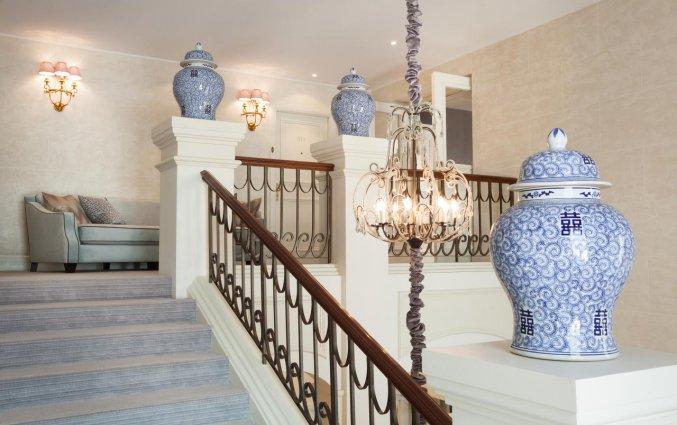 Trap van hotel Grand Palace stedentrip Riga