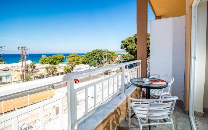 Balkon van Hotel Filmar in Rhodos