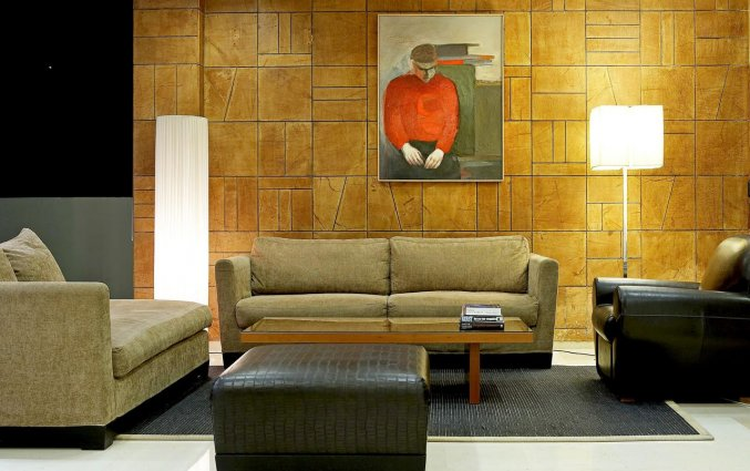 Lounge Hotel Angela + Suites Lobby