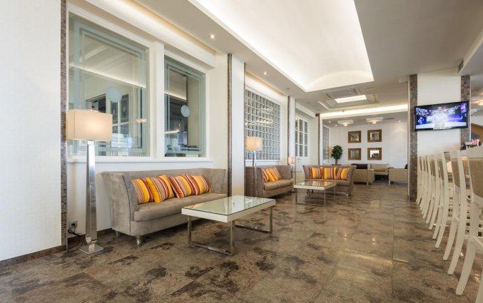 Lounge van Hotel Kipriotis Adults Only op Rhodos