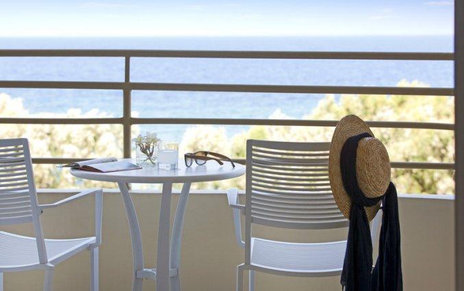 Balkon van een tweepersoonskamer van hotel Electra Palace Rhodos