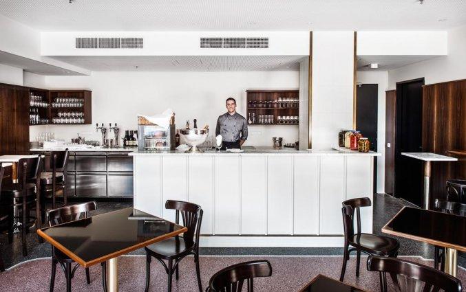 De bar van hotel Grand Ferdinand in Wenen