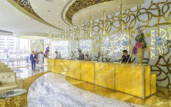 Receptie van hotel Gevora in Dubai