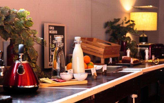 Ontbijtbuffet van Hostel & Suites The house of Sandeman stedentrip Porto