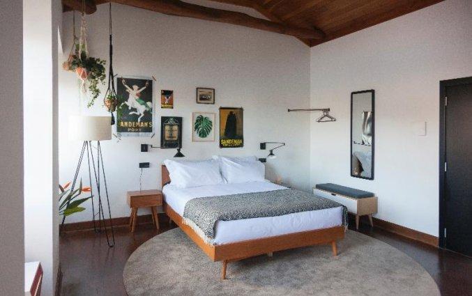 Standaard kamer met bed Buitenkant van Hostel & Suites The house of Sandeman stedentrip Porto