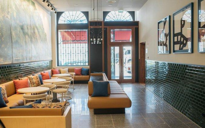 hotel the house ribeira bar en lounge