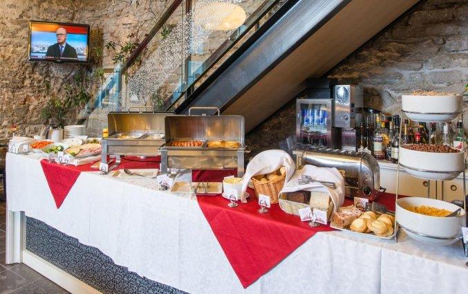 Ontbijtbuffet van Hotel Rija Old Town in Tallinn