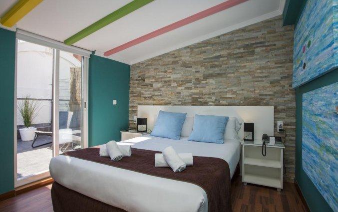 Tweepersoonskamer met terras van hotel Casual Valencia de las Artes stedentrip Valencia