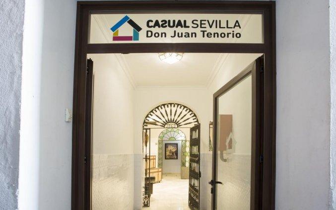 Ingang van Hotel Casual Sevilla Don Juan Tenorio