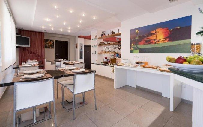 Ontbijtzaal van Bed & Breakfast Nacorè in Puglia