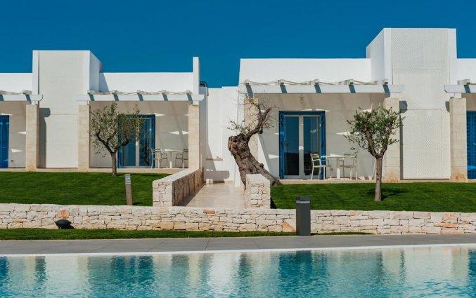 Tweepersoonskamers van Resort Spa Cala Ponte in Puglia