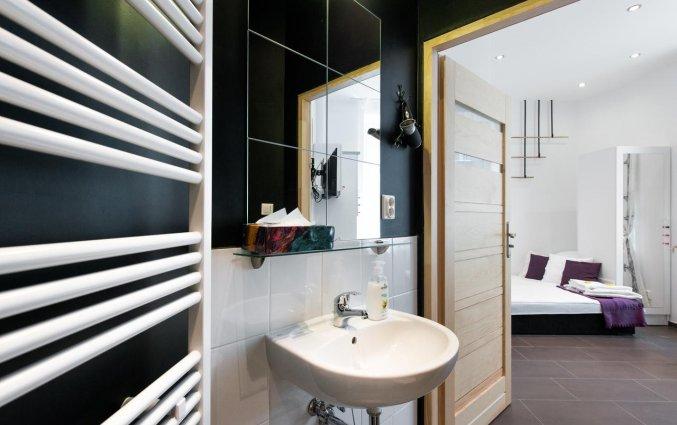 Badkamer van een appartement van appartementen Happy Tower Krakow in Krakau