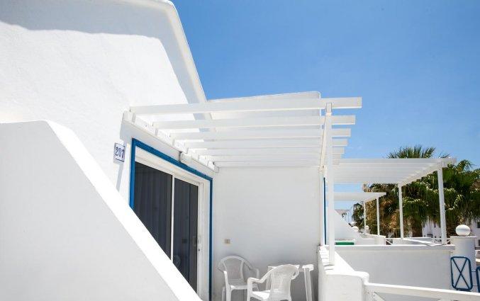 Balkon van een appartement van Apartamentos Oasis THe Home Collection op Lanzarote