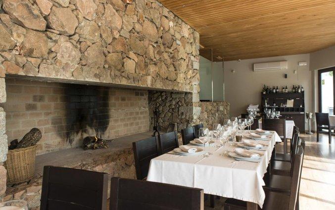 Restaurant met openhaard van Hotel Rural Las Monteras Andalusië