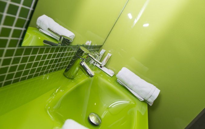 Wastafel van een badkamer van Hotel Rural Las Monteras Andalusië