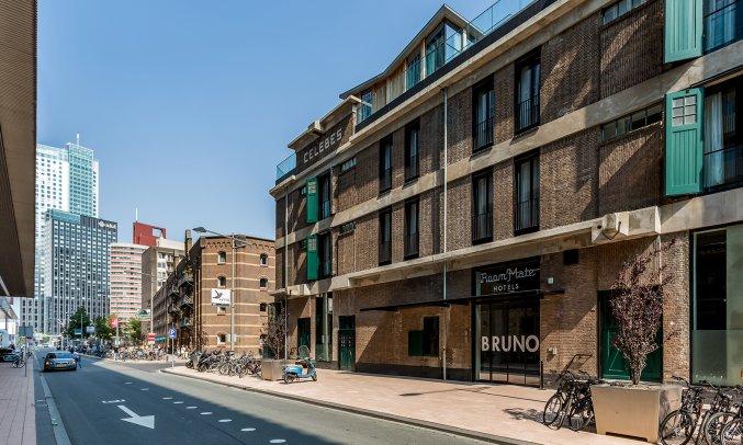 Vooraanzicht van Hotel Room Mate Bruno Rotterdam