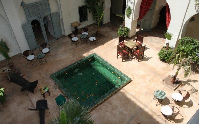 Patio van Riad dar Bounouar Marrakech