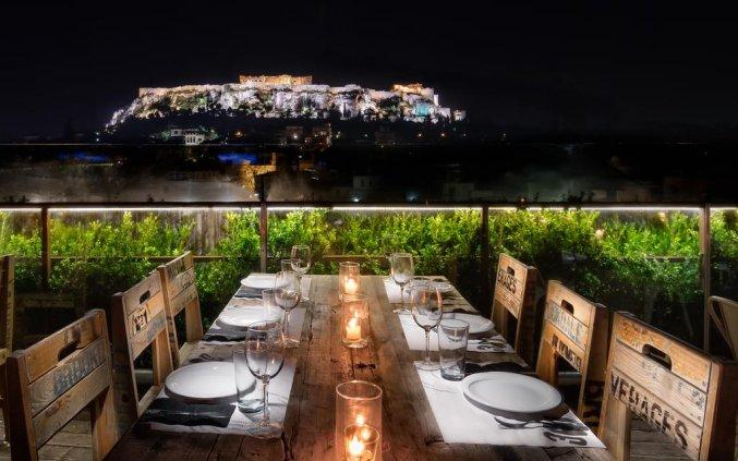 Dakterras met uitzicht van Hotel 36O Degrees in Athene