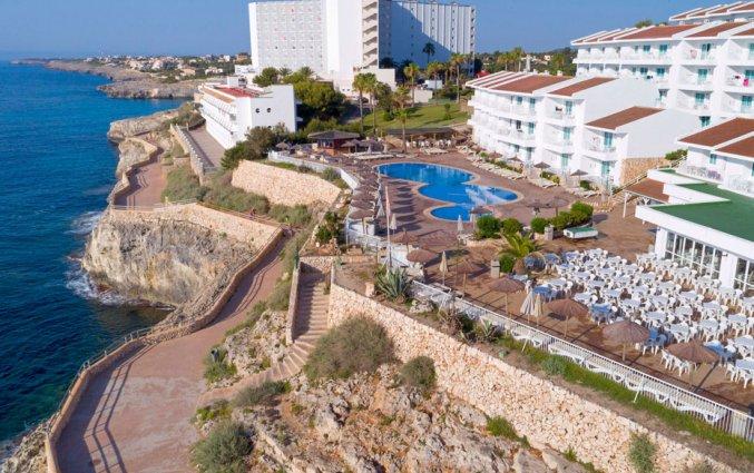 Uitzicht op Hotel HSM Calas Park op Mallorca