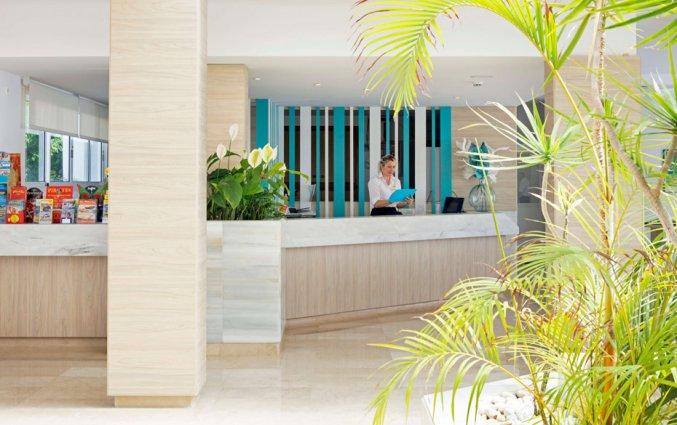 Receptie van Hotel HSM Calas Park op Mallorca