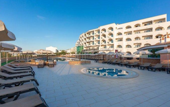 Het zonneterras van Aparthotel Luna Solaqua Algarve