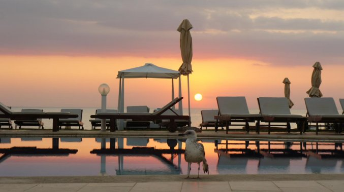 Terras van Hotel Kiani Beach Resort op Kreta