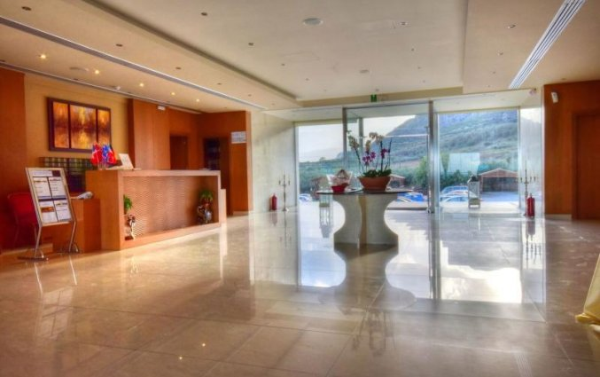 Lobby van Hotel Kiani Beach Resort op Kreta