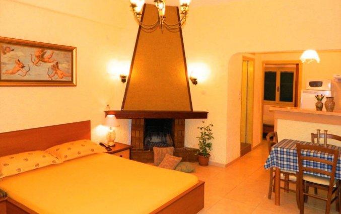 Tweepersoons slaapkamer in Zorbas Hotel Beach Village op Kreta