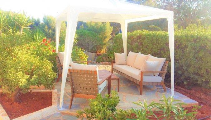 Loungeplek bij Zorbas Hotel Beach Village op Kreta